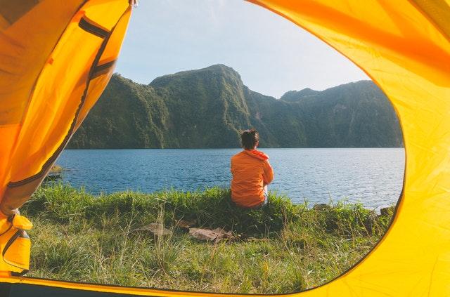 Kotimaan matkailu telttaillen
